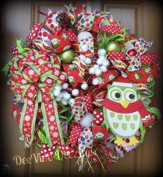 Whimsical Christmas Owl Wreath, Christmas Owl Deco Mesh Wreath, Owl Deco Mesh Wreath, Christmas Deco Mesh Wreath