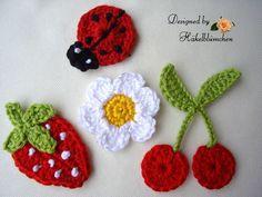 Häkel gehäkelt Applikationen Set Erdbeere, Kir... von Haekelbluemchen auf DaWanda.com