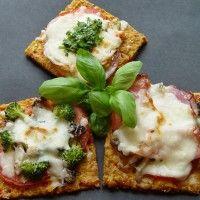 Pizza en croûte de courge sur Wikibouffe. Différent et santé!