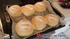 Θα σας αποκαλύψω τον τρόπο για τέλειο ψωμί χωρίς ζύμωμα. Η διαδικασία χρειάζεται 145 λεπτά για να ολοκληρωθεί (~3 ώρες) οπότε ξεκινήστε πρωί για να έχετε έτοιμο ψωμί το μεσημέρι. Μετά από μήνες που φτιάχνω ψωμί κατέληξα στα παρακάτω αλεύρια:
