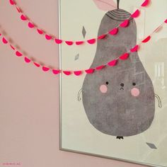 HOW FUN is this adorable pear print? Would be so fun for a little girls birthday party. Diy Paper, Paper Crafts, Diy Crafts, Decoration Creche, Apple Garland, Faux Snow, Little Girl Birthday, Flower Garlands, Diy Stickers