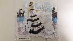 Mode In New York / Dame Met Mooie Jurk