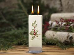 Handmade Holiday Flat Candle by Flatyz Diy Candle Wick, Diy Candles, Pillar Candles, Snowflake Decorations, Holiday Candles, Christmas Mason Jars, Candle Stand, White Candles, Burning Candle