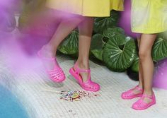 Jelly Shoes / Jelly Sandals  / Cangrejeras / Summer / SS14 / Trends / StreetStyle / Pink Shoes
