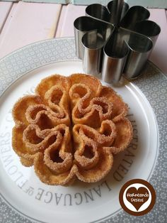 Rosette Cookies, Italian Cookies, Cannoli, Onion Rings, Dessert Recipes, Desserts, Waffles, Breakfast, Ethnic Recipes