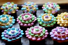 my flower cupcakes that i made with the girls in 2009