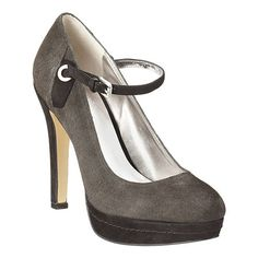 Chesley from Nine West (usually $119.00, on sale for $51.60)