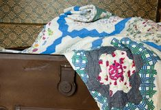 Learn a New Quilt-Making Skill: Sew Borders With Corner Squares