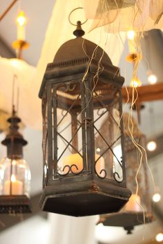 Old lanterns were a beautiful touch