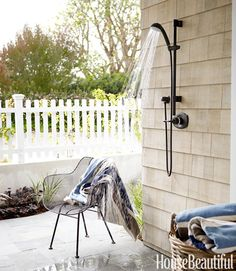 again, outdoor shower.