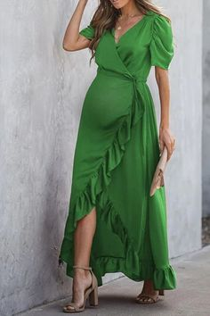 The maternity fashion solid color stitched ruffled dress with short sleeve is so casual . Summer Maternity Fashion, Maternity Dresses Summer, Cute Maternity Outfits, Stylish Maternity, Pregnancy Outfits, Maternity Wear, Summer Dresses, Maternity Fashion Dresses, Pregnancy Belly