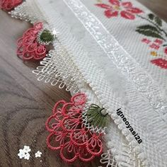 Needle Lace, Bargello, Home Decor, Pop, Instagram, Face Towel, Embroidered Towels, Shopping, Throw Pillows