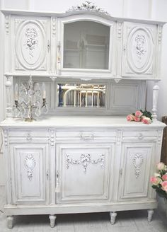Shabby Chic ♥ Antique Hunters Cabinet...For more inspo go to @pattonmelo