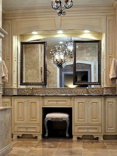 20 Rustic Bathroom Vanity Ideas that are Simply Unforgettable Bathroom Vanity Storage, Rustic Bathroom Vanities, Victorian Bathroom, Bathroom Vanity Lighting, Bathroom Ideas, Bathroom Remodeling, Bath Vanities, Bathroom Organization, Victorian Makeup