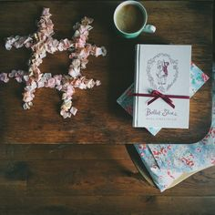 Books that make you feel warm and cosy. Hygge.