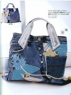Marvelous Make a Hobo Bag Ideas. All Time Favorite Make a Hobo Bag Ideas. Denim Handbags, Denim Tote Bags, Denim Purse, Jean Purses, Purses And Bags, Recycled Denim, Fabric Bags, Handmade Bags, Hobo Bag