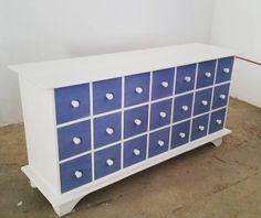 R4800 #interiordesign #homedecor #almalsewinkel #storage #chestofdrawers #furniture Chest Of Drawers, Storage Chest, Toy Chest, Interior Design, Bedroom, Instagram Posts, Furniture, Home Decor, Nest Design