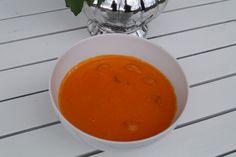 LAVKARBO middag – Charlottes verden- Forlovet og Lykkelig Stromboli, Thai Red Curry, Pesto, Bacon, Bbq, Ethnic Recipes, Food, Barbecue, Barrel Smoker