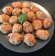 Vegan Vegetarian, Vegetarian Recipes, Healthy Recipes, Polenta Pizza, Lentil Salad, Moussaka, Halloumi, Salsa Verde, Tzatziki