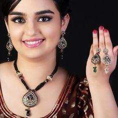 Divine Black Necklace Set Price: Usa Dollar $59, British UK Pound £35, Euro43, Canada CA$63 , Indian Rs3186.