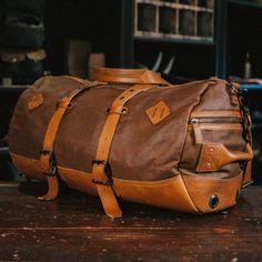 Dakota Vintage Travel Duffle Bag - Saddle Tan