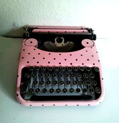 Pink and Black Vintage Polka dot Typewriter #vintage #typewriter