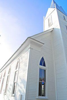 Love an old fashioned church.