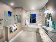 Make your bathroom an escape. Pulte Owner's Baths offer options for walk-in oversized showers, premium fixtures and designer details you'll love.