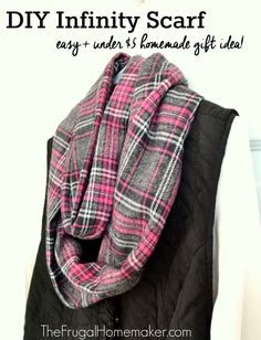 Items similar to Fleece infinity scarf on Etsy Sewing Hacks, Sewing Tutorials, Sewing Crafts, Sewing Projects, Sewing Ideas, Sewing Patterns, Sewing Tips, Diy Crafts, Diy Clothing