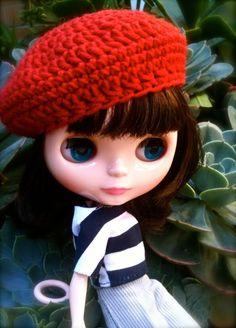 Crochet Blythe Beret - http://mypoppet.com.au/2012/02/how-to-crochet-blythe-beret.html