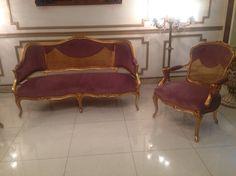 Antiqe sofa