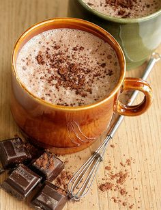 Hot chocolate sprinkled with #chocolate bits on top? Why not! #drinks