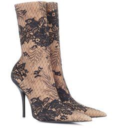BALENCIAGA . #balenciaga #shoes #boots