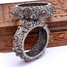 Indian Silver Kada Bangle Set Of 2 Size & Antique Tribal Jewellery Silver Jewellery Indian, Tribal Jewelry, Silver Jewelry, Antique Jewellery, Sterling Silver Pendants, Jewelry Design Earrings, Gold Earrings Designs, Gold Bangles Design, Gold Jewelry Simple