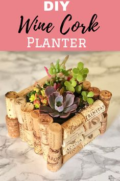 Easy DIY Wine Cork Planter Easy to make DIY cute wine cork planter. The post Easy DIY Wine Cork Planter appeared first on DIY Crafts. Wine Craft, Wine Cork Crafts, Wine Bottle Crafts, Crafts With Corks, Diy Corks, Diy With Corks, Home Crafts, Crafts To Make, Diy Crafts