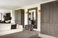 Interieur ontwerp en meubels Made for Me. Room Divider, Decor, Oversized Mirror, Furniture, Home, Home Decor, Room
