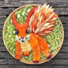 L'art Du Fruit, Fruit Art, Fruit Food, Fruit Plate, Cute Fruit, Cute Food, Veggie Art, Amazing Food Art, Food Art For Kids