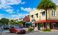 One of Florida's most charming historic towns, Mount Dora is the northern gateway to the Green Mountain Scenic Byway. If you start the drive in the morning, try the Mason Jar or Mary's Kountry Kitchen for breakfast. If Mount Dora is where you end the drive, try Pisces Rising or the Olive Branch for delicious and distinctive dining.