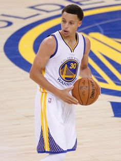 THE CROWDS AWARD…HOT TOPIC BAZZ! STEPHEN CURRY will be named NBA MVP 2014/15