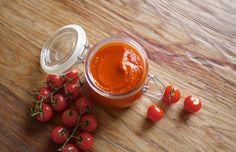 Den beste økologiske ketchupen lager du selv (Come Clean) Vegetarian Recipes, Healthy Recipes, Ketchup, Superfoods, Preserves, Cleaning, Vegetables, Blog, Spreads