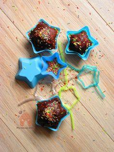 PIERNIKOWA CHATA potrójnie czekoladowe muffinki  z kolorową posypką