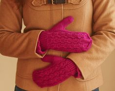 Ravelry: Mouette Mittens pattern by Emily Ringelman