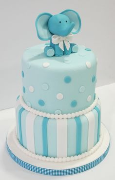 Tarta Bautizo o baby shower Several Easy Babyshower Game Ideas Babyshower games thoughts are very ea Torta Baby Shower, Elephant Baby Shower Cake, Elephant Cakes, Baby Shower Cakes For Boys, Baby Boy Cakes, Baby Shower Decorations For Boys, Baby Shower Parties, Baby Boy Shower, Baby Elephant