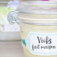 Vicks homemade for colds and bronchitis- Vicks fait maison pour rhumes et bronchites Vicks homemade for bronchitis and other winter fun – Peppermint Beauty, natural beauty - Vicks Vaporub, Vicks Rub, Bronchitis, Vapo Rub, Diy Beauté, Magical Makeup, Handmade Cosmetics, Natural Cosmetics, Winter Fun