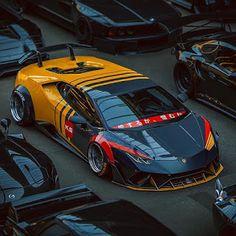 The Lamborghini Huracan - Super Car Center Exotic Sports Cars, Exotic Cars, Sexy Cars, Hot Cars, Taxi Moto, Huracan Lamborghini, Bugatti, Koenigsegg, Ferrari
