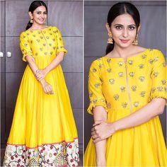@rakulpreet Outfit - Drama Queen Jewelry - @shubhashini.ornamentals Styled by - @neeraja.kona #bollywood #style #fashion #beauty #bollywoodstyle #bollywoodfashion #indianfashion #celebstyle #rakulpreet