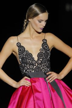 vestido de novia hannibal laguna rosa