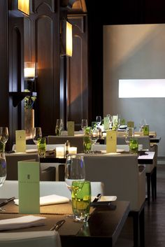 Exclusive dining options ✓ exceptional creations ✓ in the heart of Zurich ★ Restaurant Pavillon ★ Rive Gauche ★ Le Hall ★ Book your table here! Relax, Table Decorations, Dining, Luxury, Furniture, Rive Gauche, Restaurants, Home Decor, Bar