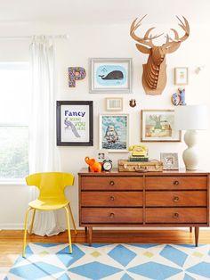 HGTV Magazine A House With Lots of Style on a Little Budget Kim Cornelison Photographer Elizabeth Demos Stylist