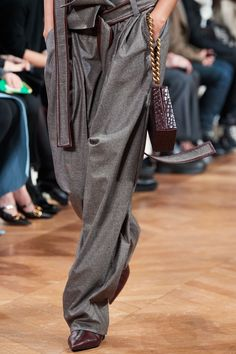 Stella McCartney Fall 2020 Ready-to-Wear Fashion Show | Vogue Stella Mccartney, Vogue Paris, Models, Skirt Pants, Mannequins, Leggings Are Not Pants, Ready To Wear, Fashion Show, Fall Winter